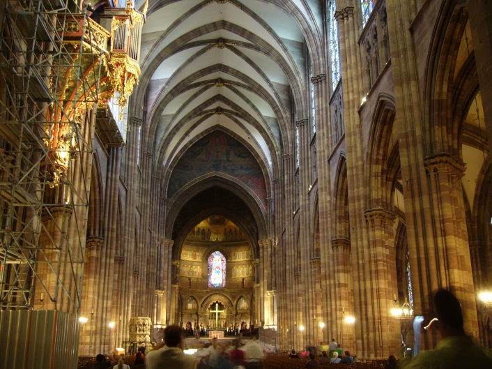 Absolute_Cathedrale_Strasbourg_interieur_01