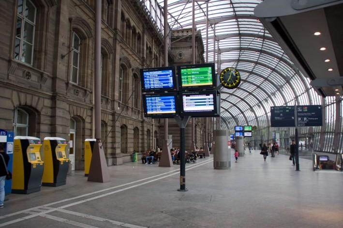 Gare_de_Strasbourg_2