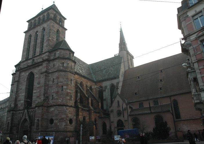 Strasbourg_-_église_St._Pierre-le-Vieux_-_1