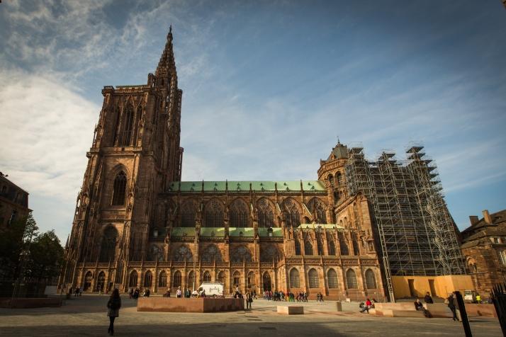 Strasbourg_Cathédrale_Notre-Dame_façade_sud_octobre_2013